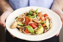 Food - carbs but still healthy / by MadameBonaparte .