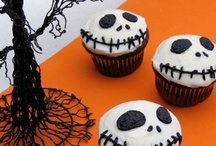Cakecakecakecake / Cupcakes and cakes that I would love to spend hours making and have them turn out 1/2 as good as these ones :) / by Carissa C
