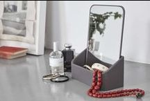 mirrors / Self-adhesive mirrors