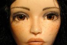 Les Petites Demoiselles / handmade articulated porcelain dolls