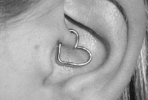HAIR PIERCINGS JEWELRY AND TATTOOS  / by Vicky Riley