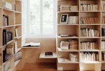 SHELVES / Estantes inspiradoras para guardar livros e outros objetos e deixar o ambiente mais personalizado.