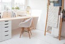 STUDIO / FLAT / Ideias de decoração para home office/desktop para estúdios minimalistas e clean.