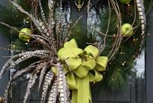 Wreaths / by Julie Wildeman