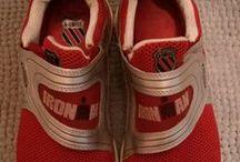 Mi calzado / Mi calzado que aún conservo. My shoes/Mis zapas/Mis deportivos/Mis playeros/Mis bambas
