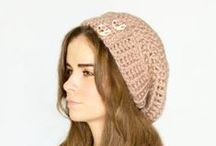 Free Knitting Patterns Hats, beannies, headbands and ear-warmers / All free #knitting patterns for you to make gorgeous hats, beanies, headbands and ear warmers. These make up quickly and are great gifts to give or you could knit for charity. http://annmackiemiller.hubpages.com/hub/Random-Acts-of-Kindness-24-RAKs-for-Christmas-Advent