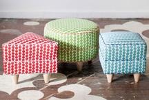 Co-Lab. poufs & stools
