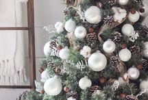 Christmas Magic / Christmas foods, decorations, and inspiration.