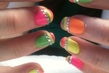 NAIL ART / by Brooke Smith
