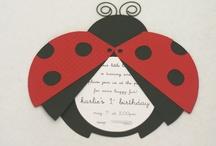 Invitaciones y tarjetas / by Andrea Orizia