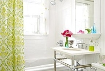 Bathrooms / by Mandy Entwistle