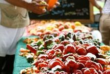 Franklin Farmers Market / The Franklin Farmers Market is a true Tennessee farmers market. From local produce to meats and cheeses, you'll find delicious farm fresh food at the Farmers Market.