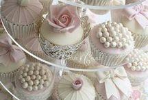 Your Big Day: White Wedding / Your dreamy white wedding awaits...