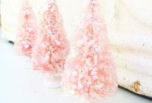 Christmas in Pink / by Julie L. Light 💕FabulousFindsStudio