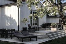 Altan o uteplats ~ Balcony and patio