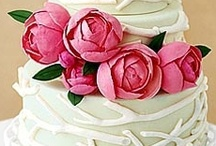 Beautiful cakes  / by Gwynne Tubb