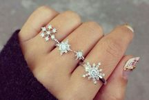 THAT WHICH SPARKLES ~ / Jewelry, rings, earrings,sparkle, diamonds, bling, mostly silver / by Averelle Dylan