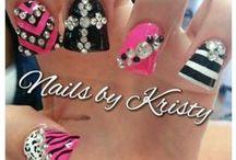 Getcha Nails Did! / by Chantal Cote