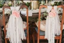 Labola Chair Ideas / Oh my goodness gratious me! How stunning are for wedding chair garlands and tie backs