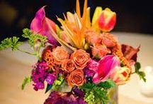 Labola : is feeling Tropical / Tropical flowers with Strelitzia Follow Labola on FB for more inspiration https://www.facebook.com/LabolaWeddings