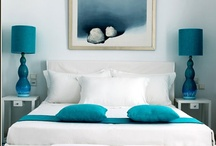 Beds and bedding / Images of all kinds of beds and bedding - from spartan and start, to fluffy and frilly.