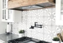 // Kitchen + Dining / Home Decor, Kitchen Decor, Dining Room Decor, Farmhouse Style, Decor Ideas, DIY, Decor Tips