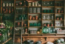 pots + plants / Smells oh so pretty / by savannah