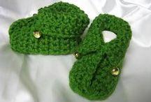Crochet : Booties, socks & slippers / Chaussons et chaussettes au crochet pour petits et grands