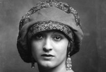 1920's Fashion, Jewelry, Accesories & Textile / Representative 1920's pieces of Fashion, Jewellery, Accesories and Textile & their Creators