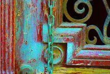 Color me. H A P P Y. / by JaeLynn Garry
