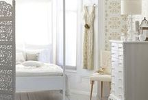 Bedrooms / by Gita Amanda
