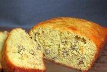 Breads, Bagels, Buns and Rolls / by Dottie Burt