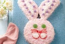 { Easter + Bunny Cakes }