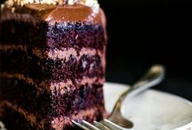 vegan: desserts / Plant-based vegan desserts that are gluten-free, dairy-free, and many are refined sugar free.