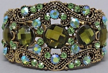 Vintage Flair Jewelry