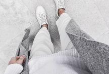 Winter Mode / Winter Outfits, Mäntel, Mützen, Boots, Stiefel, Layering, Schals