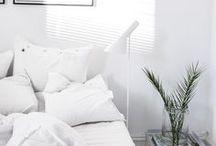 Wohnen in weiß Einrichtungsideen / weiß, weiße Möbel, weiße Wände, weiße Einrichtung, weiße Inneneinrichtung, weiße Dekoration, clean, minimalistisch