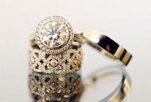bling, bling, pinky ring. Jewels. Jewelry  / Decoration for ears, neck, fingers and wrists. I love Jewelry!