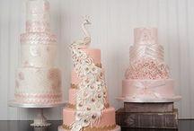 Cakes / by Prinkle Pereira