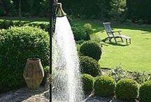 Shower en Plein Air / Outdoor showers / by Catbird Farm