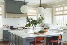 kitchen/bar/butler's pantry