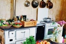 Farmhouse & Rustic Kitchens