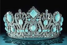 "Crowns for Queen of the world / by Carole    "" Weezer "" Parker"