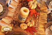 Thanksgiving Decorating Ideas / Thanksgiving Decorating Ideas that are unique and incorporate natural elements and ideas.  Thanksgiving tablescapes and front door decorations that are sure to wow your guests.