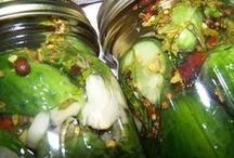 Home Canning & Preserving / Preserving the bounty of your garden, CSA share, and local farm market finds. / by Correen K | Food Lovers Web
