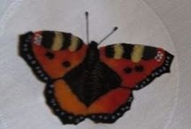 Butterflies, real and crochet and other crafts / I like butterflies very much. I take pictures and I make crochet butterflies. This is an easy way to collect them!