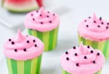 Cupcake-mania / by Natalia Ulloa Bertrand