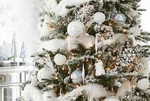 ☆ Dreaming of A White Xmas ☆ / A White Christmas, accented colors included..