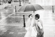 Wedding Photography Ideas / We love these creative wedding photo ideas! These are the must-have photos every bride needs at her destination wedding.