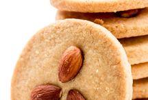 Food-Cookies/Bars / Cookies and bars / by Colleen VanderLinden